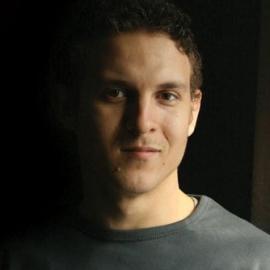 Максим Толмачев